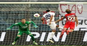 Cosenza calcio, il gol di Riviere contro la Cremonese